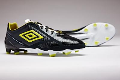 Umbro Unleash Velocita 2 Soccer Boot