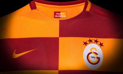 Galatasaray SK 2017 2018 Nike Home Football Kit, Soccer Jersey, Shirt, Forma