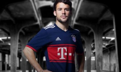 Bayern Munich 2017 2018 adidas Away Football Kit, Soccer Jersey, Shirt, Trikot, Maillot, Tenue, Camisa, Camiseta, München