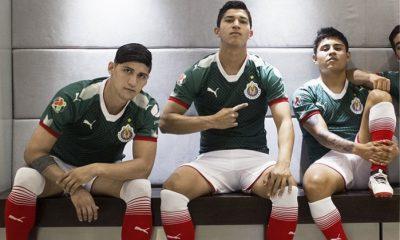 Chivas de Guadalajara 2017 2018 PUMA Green Mexico Soccer Jersey, Shirt, Football Kit, Camiseta de Futbol, Equipacion