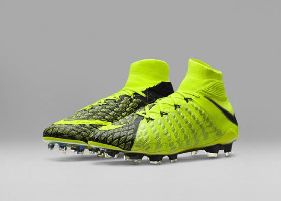 Nike X EA SPORTS FIFA 18 Hypervenom 3