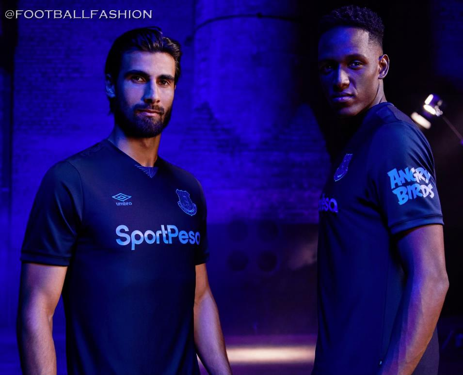 UMBRO neuf dans sa boîte Maillot FC Everton 3rd 2019-20 L NEUF