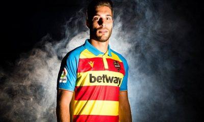 Levante UD 2019 2020 Macron Senyera Football Kit, Soccer Jersey, Shirt, Camiseta de Futbol