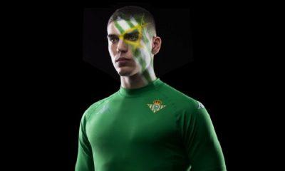 Real Betis Kappa Kombat XX Football Kit, Soccer Jersey, Shirt, Camiseta de Futbol