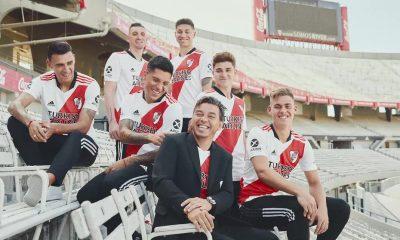River Plate 2021 2022 adidas Home Football Kit, 2021-22 Soccer Jersey, 2021/22 Shirt, Camiseta de Futbol 21-22